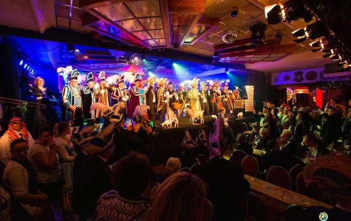 Bokkenzitting een feest voor en door Carnavalsvierders