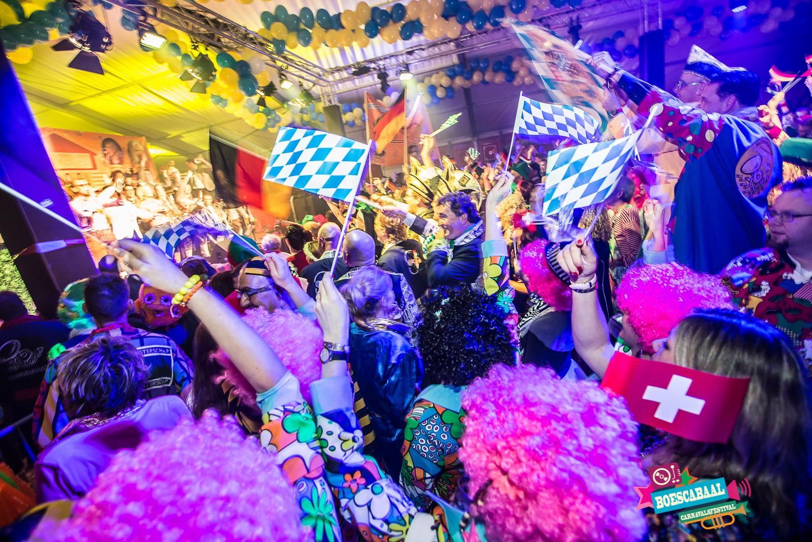 Boeskabaal is de opvolger van het kapellenfestival toeten en bloazen met DJ Tiroler muziek en blaaskapellen