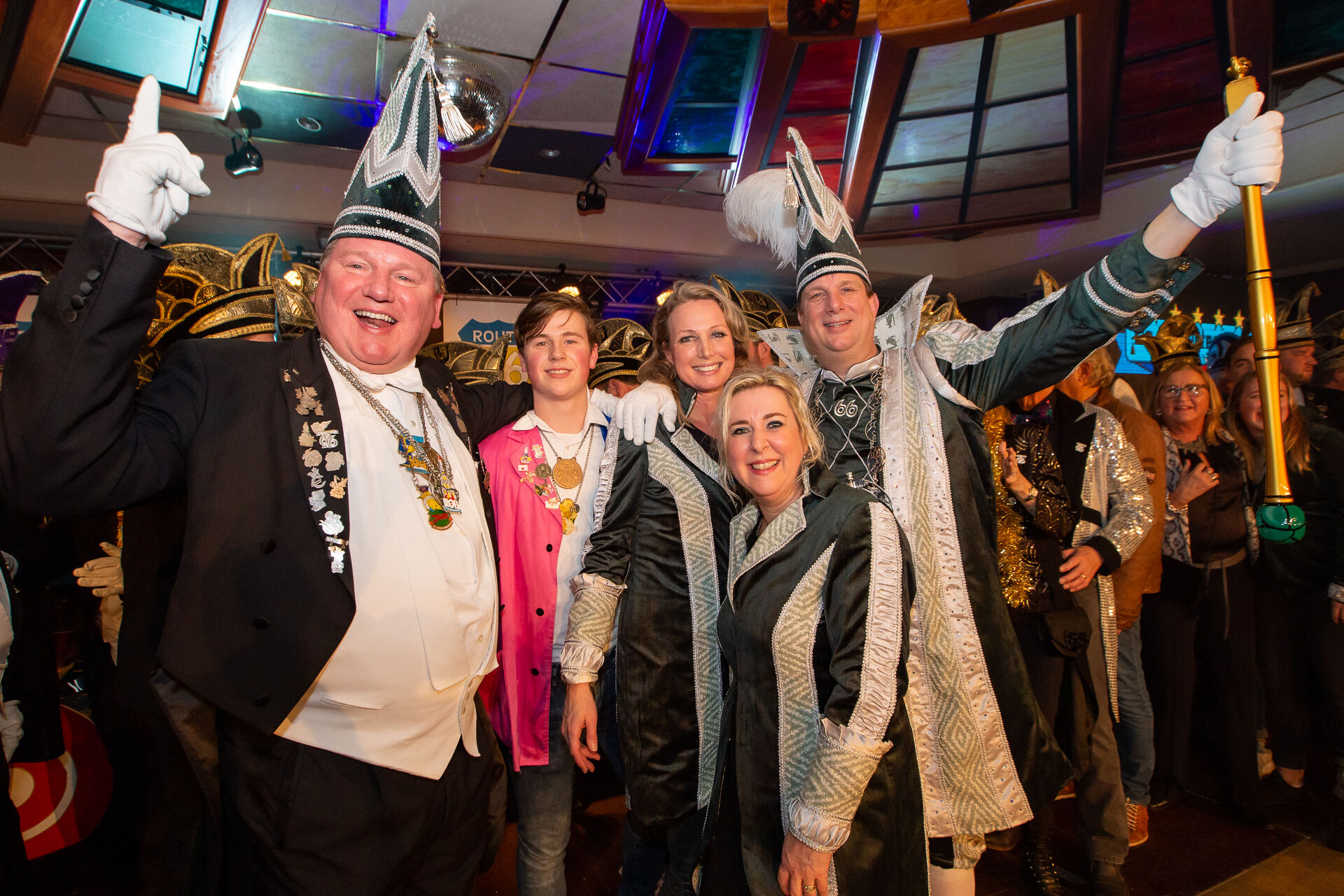 Stadsprins van Oldenzaal Prins Rob en zijn sik Bert